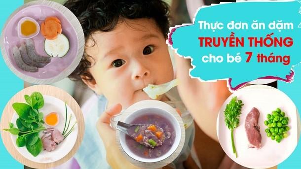 [Cần biết] Lịch ăn dặm cho bé 7 tháng tuổi phù hợp