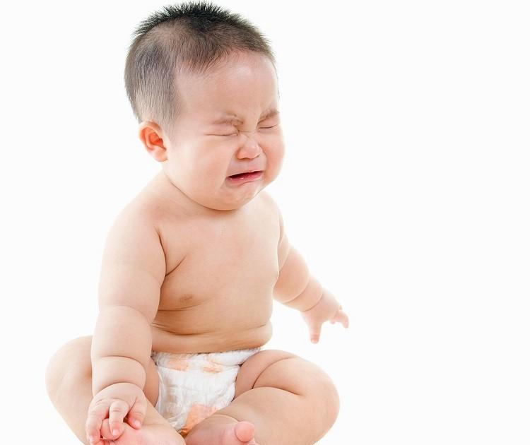Khắc phục sớm táo bón ở trẻ sơ sinh