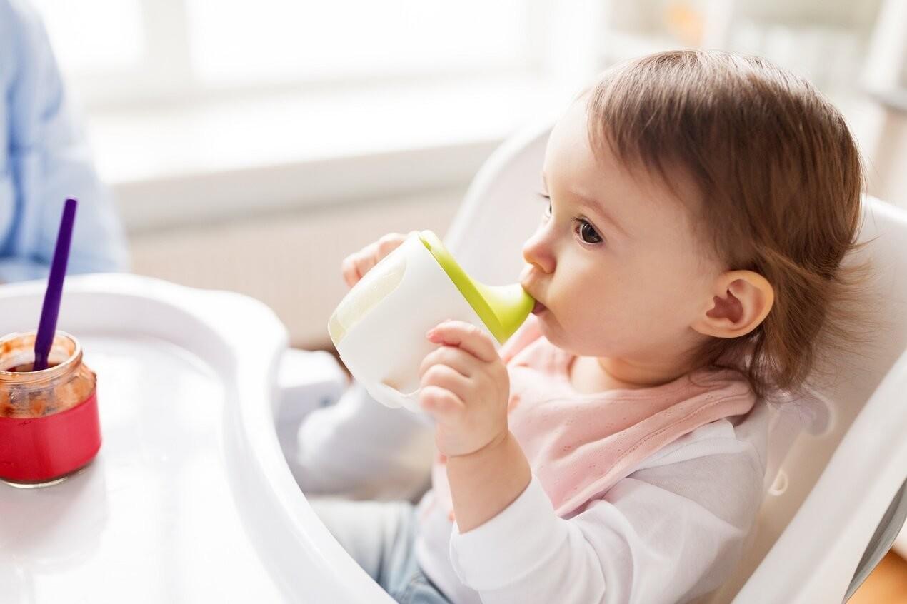 tiệt trùng bình sữa