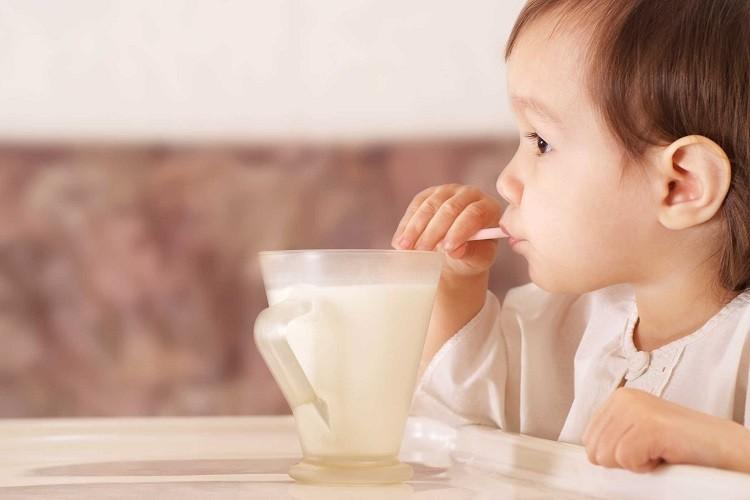 Bổ sung sữa Meiji giúp bé phát triển toàn diện