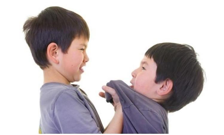 trẻ dễ có xu hướng bạo lực