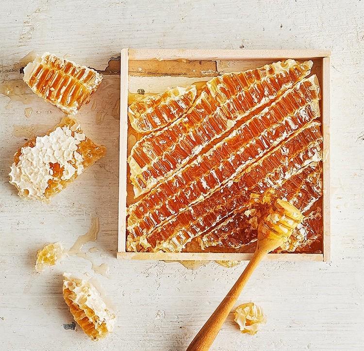 tăng cường hệ tiêu hóa với keo ong