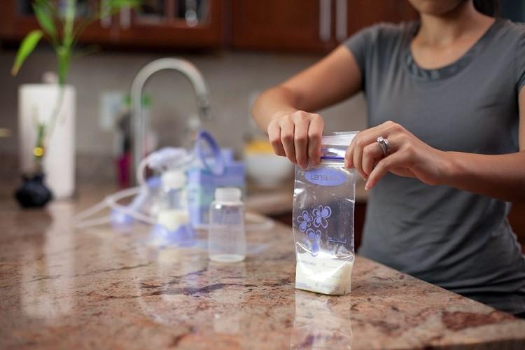 sữa mẹ để ngăn đá được bao lâu, sữa mẹ bảo quản ngăn mát được bao lâu, sữa mẹ để được bao lâu trong ngăn mát, sữa mẹ để tủ đá được bao lâu, sữa mẹ để được bao lâu trong ngăn đá, sữa mẹ để trong ngăn đá được bao lâu, sữa mẹ bảo quản ngăn đá được bao lâu, sữa mẹ bảo quản bao lâu trong ngăn mát