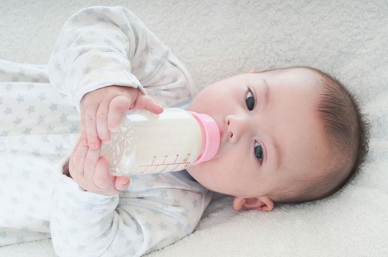 bé chậm mọc răng, bé chậm mọc răng nên ăn gì, vì sao trẻ chậm mọc răng, nguyên nhân trẻ chậm mọc răng, trẻ chậm mọc răng nên bổ sung gì, trẻ chậm mọc răng có sao không, bé chậm mọc răng phải làm sao, bé chậm mọc răng có sao không, tại sao trẻ chậm mọc răng, vì sao bé chậm mọc răng, trẻ chậm mọc răng phải làm sao